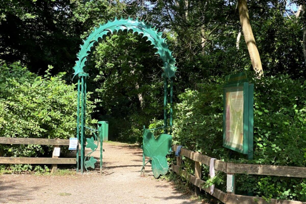 Holly Hill green metal entrance