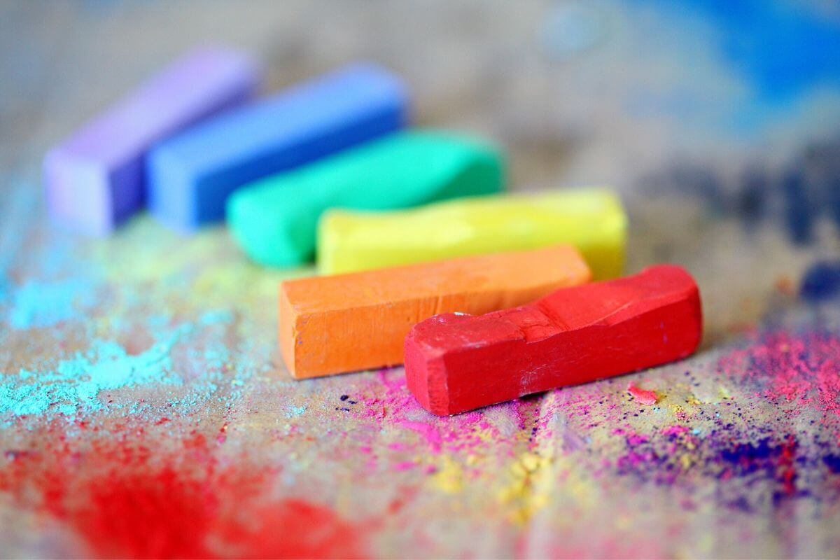 Different coloured chalks