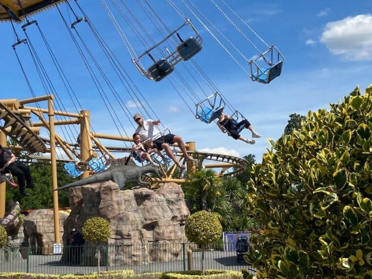 Swing ride at Paultons Park