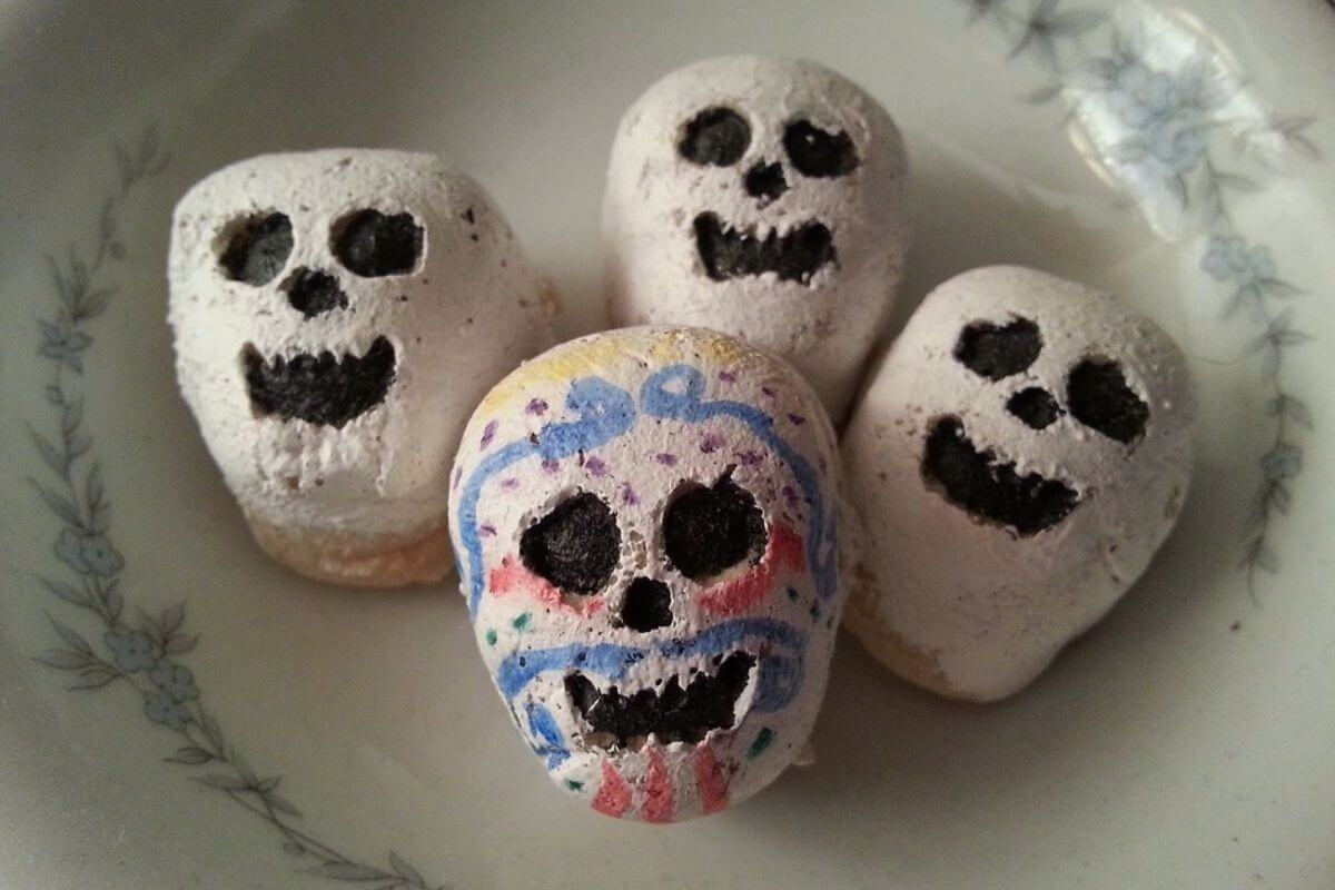 Halloween rocks that have been painted